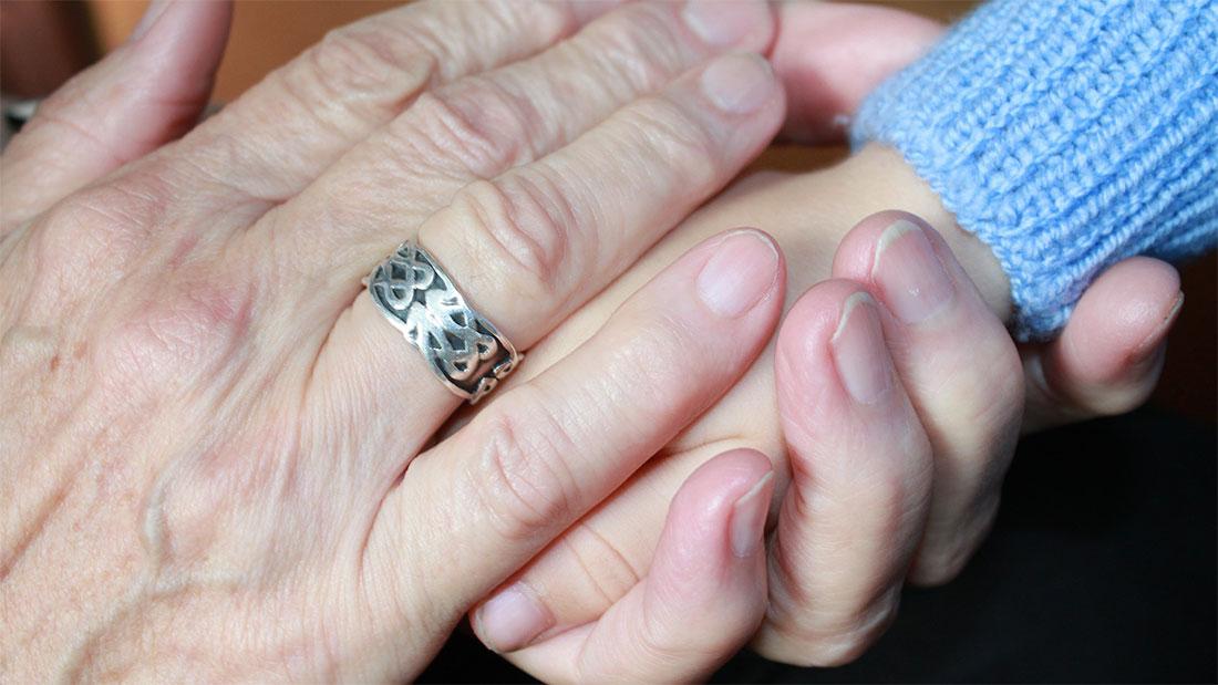 Relación directa y regular del niño con sus abuelos